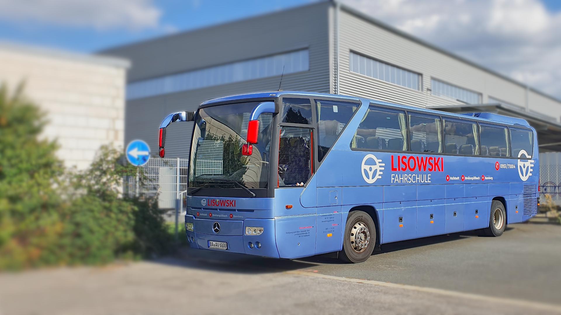 Header_3_Bus-Tourismo_2021